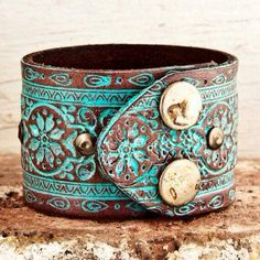 Turquoise leather cuff -- yes please. Love it. Turquoise leather cuff -- yes please. Love it. Leather Cuffs, Leather Jewelry, Leather Belts, Tooled Leather, Art Du Cuir, Hippie Style, My Style, Bohemian Style, Hippie Bohemian