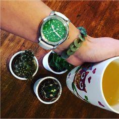 Tea time 🌿  #alexbenlo #jade #jadeite #stone #stonelover #stonergirl #tea #teatime #cactus #cactuslover #green #greenisthenewblack #healthy #fit #lifestyle #fashion #l4l #mothernature #loveourplanet #yoga #travel #positivevibes #positivemind #nature #naturelovers