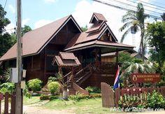 Hoy nos escapamos de nuevo hasta la encatadora villa de Pai un genial pueblo muy cerca de Chiang mai el encantador norte de Tailandia. Vienes con nosotros a conocerlo? #pai #chiangmai #tailandia #viajar http://ift.tt/2at33wN