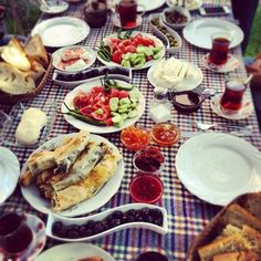 summer entertaining, picnic style