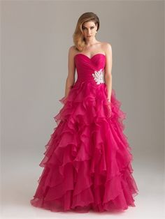 Strapless Sweetheart Appliqued and Ruffled Floor Length Organza Prom Dress PD1338 www.tidedresses.co.uk $190.0000