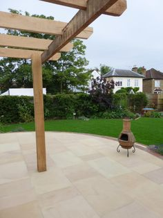 Buff Sawn Sandstone is a very warm colour, brightening up any area of your garden design or patio area.