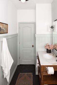 Bathroom Renos, Laundry In Bathroom, Small Bathroom, Small Cottage Bathrooms, Cottage Bathroom Design Ideas, Bathroom Ideas, Colorful Bathroom, Washroom, Bathroom Designs