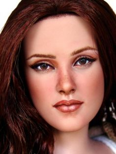 This Bella repaint by Laurie Leigh offered by Alix Furey is striking in her gaze. Not a fan of Kristen Stewart but the repaint is incredible.