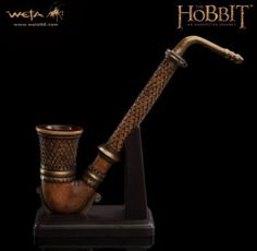The Pipe Of Fili Prop Replica Prop Replica from The Hobbit An Unexpected Journey, WETA WT01016 The Pipe Of Fili Prop Replica Prop Replica from The Hobbit An Unexpected Journey. It is made by WETA and is approximately 19 cm (7.5 in) long    Among the members of the Company of Thorin Oakenshield™, unique, exquisitely crafted pipes are a source of pride and much prized by their owners.  Fili carries few ostentatious trinkets or other suggestions of his royal blood, but all Dwarves place great…