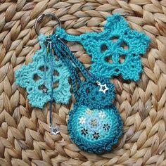 Crocheted pretty key holder Csini horgolt kulcstartó
