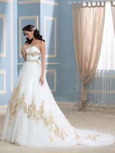 Золотое свадебное платье    #wedding #bride #flowers