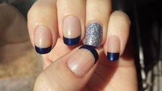 Nails to match a blue dress