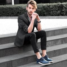 Logo mais tem look novo lá no Blog! O sapato maravilhoso é @CNSonline Ótimo domingão pra vocês! www.lincooln.com.br