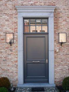 put letterbox in the middle with old door knob. Door Entryway, Entrance Doors, The Doors, Wood Doors, Farmhouse Renovation, Modern Farmhouse Exterior, Grey Window Frames, Driveway Lighting, Front Door Lighting