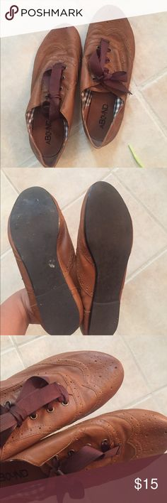 Oxford flats Worn once bought at Nordstrom Rack. Great condition and goes with anything! Leave me an offer! Abound Shoes Flats & Loafers