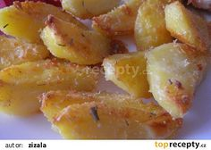 """""""Pískové"""" brambory - Patate sabbiose recept - TopRecepty.cz Czech Recipes, Ethnic Recipes, No Cook Meals, Fruit Salad, Gnocchi, Macaroni And Cheese, Side Dishes, Snack Recipes, Chips"""