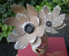 recycling paper: paper towel roll flowers—tutorial - crafts ideas - crafts for kids