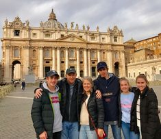 Look at just how nice and quiet St Peter's Basilica looks during the winter months! Our guide Pamen took this photo of our clients early in the morning on January 8th. We are so glad that our clients chose to visit the Vatican Museums & St Peter's Square early in the morning so that they could see all of the highlights without the busy crowds. For more information about our Vatican early entrance tours: www.livitaly.com/tour/early-entrance-vatican-small-group-tour/?src=pinterest