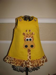 girls dress appliqued with cute giraffe por NanasCraftyCreations Toddler Dress, Toddler Outfits, Baby Dress, Kids Outfits, Little Dresses, Little Girl Dresses, Girls Dresses, Sewing For Kids, Baby Sewing