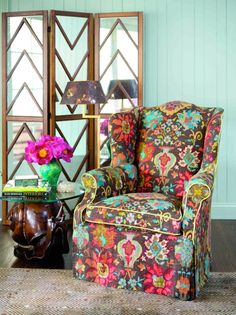 JIM THOMPSON fabric I can't wait till im an old cat lady. I'm going to live in this chair! Mirror Room Divider, Room Divider Screen, Jim Thompson Fabric, Upholstered Furniture, Doll Furniture, Take A Seat, My New Room, Decoration, My Dream Home
