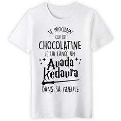Christmas Outfits : Restricted version exclusively on Tshirt Addict - Delivery in French . Restricted version exclusively on Tshirt Addict - Harry Potter Outfits, Harry Potter Theme, Geek Mode, Image Fun, Geek Stuff, Tee Shirts, Films, Edition Limitée, Funny Hoodies
