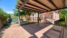 #Vivienda #Malaga Chalet Independiente en venta en #Marbella zona lorea playa #FelizMartes - Chalet Independiente en venta por 1.250.000€ , 6 habitaciones, 346 m², 5 baños, con piscina, calefacción a/a frio - calor