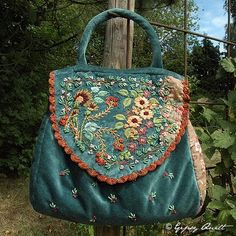 Gypsy Quilt: Travel broadens the mind ... embroidery!
