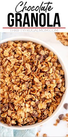 Chocolate Granola- This homemade granola recipe is so easy to make and uses just a few simple ingredients: oatmeal, coconut, chocolate chips, brown sugar, oil, salt and vanilla. It's the perfect healthy, delicious breakfast and a great excuse to start the day with chocolate! #thriftyfrugalmom #granolarecipe #breakfastrecipe Chocolate Granola, Oatmeal Chocolate Chip Cookies, Coconut Chocolate, Chocolate Chips, Easy Homemade Recipes, Healthy Recipes, Easy Granola Recipe Healthy, Healthy Snacks, Delicious Recipes