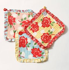 vintage potholders...pretty