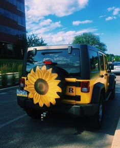 VSCO - aleenaorr - Sammlung You are in the right place about cars poster Here we offer you the most beautiful pictures about the Dream Cars, My Dream Car, Chip Foose, Future Car, Cute Car Accessories, Wrangler Accessories, Jeep Cars, Jeep Jeep, Jeep Truck