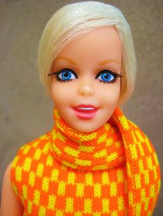 """Twist n Turn Twiggy Doll (Is it just me or, was Twiggy the same """"face mold"""" as Casey?)"""