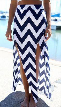 High-Waisted Zig Zag High Slit Skirt - Trendslove