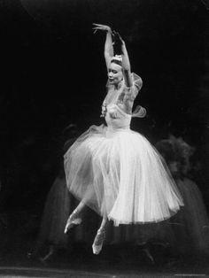 Galina Ulanova, Prima Ballerina Assoluta