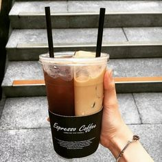 one cup for two taste Coffee Cafe, Iced Coffee, Coffee Drinks, Coffee Shop, Aesthetic Coffee, Aesthetic Food, Yummy Drinks, Yummy Food, Coffee Is Life