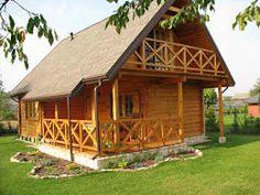 3 cabañas de madera que vas a querer para el invierno (+planos)    Hemos recopilado 3 proyectos de casas de madera realizados por los expertos polacos Biuro Projectowe, porque ellos, de frío, sí que entienden.