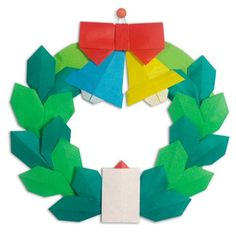 Origami for Kids Christmas Origami for Kids - Easy Peasy and FunChristmas Origami for Kids - Easy Peasy and Fun Origami Wreath, Easy Origami Flower, Origami Ornaments, Origami Stars, Origami Flowers, Art Christmas Presents, Christmas Arts And Crafts, Christmas Origami, Kids Christmas