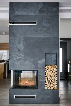 Beautiful Stone Veneer Wall Design Ideas - If you thought stone veneer was just for front facing a home to add curb appeal then you only know half the story. Real thin stone veneer is a beautif. Stone Veneer Fireplace, Real Stone Veneer, Fireplace Tv Wall, Fireplace Remodel, Modern Fireplace, Fireplace Surrounds, Fireplace Design, Slate Fireplace, Stone Wall Design