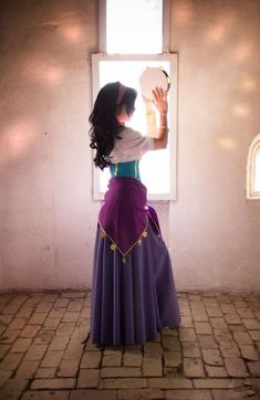 Custom Princess Esmeralda Cosplay Costume,Esmeralda Dress For Women - Gypsy - Halloween costumes Costume Halloween, Costume Carnaval, Cool Costumes, Costume Ideas, Nerd Costumes, Halloween Costumes Women Creative, Comic Con Costumes, 50s Costume, Vampire Costumes