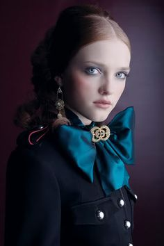 ophelia makeup, white eyeliner