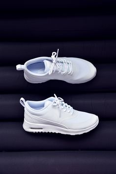 White Nike Air Max Thea (picture by Irene van Guin)
