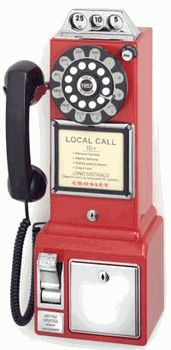 Crosley Radio Crosley Radio Classic Pay Phone (red), Telephones - Drop shipping to your customers 1950s Design, Design Design, Design Ideas, Retro Phone, Retro Diner, 50s Diner Kitchen, 50s Style Kitchens, Vintage Kitchen, American Diner