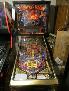 Bally Theatre Of Magic Pinball Machine GOLD + trunks and manual