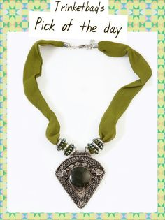 Pyramid fabric necklace, only on www.trinketbag.com