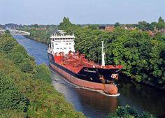 Manchester Ship Canal, Stolt Kittiwake heading toward the Mersey Estuary, 2005.