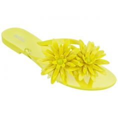 Melissa Shoes Harmonic Bloom Yellow (210.100 COP) ❤ liked on Polyvore featuring shoes, sandals, flip flops, yellow patent leather shoes, padded sandals, beach shoes, melissa flip flops and flower flip flops