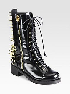 Giuseppe Zanotti Studded Leather Combat Boots These are a MUST-HAVE for me :) Last season-sold out :( Black Army Boots, Black Booties, Ankle Booties, Winter Fashion 2015, 2016 Winter, Giuseppe Zanotti Boots, Studs And Spikes, Gothic Shoes, Side Zip Boots