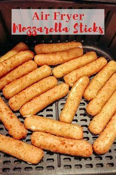 Make the crispiest and cheesiest mozzarella sticks in your air fryer! This is the air fryer frozen mozzarella sticks recipe you need in your life! Air Fryer Recipes Mozzarella Sticks, Air Fryer Recipes Snacks, Air Frier Recipes, Air Fryer Dinner Recipes, Toaster Oven Recipes, Air Fryer Cooking Times, Air Fried Food, Tips