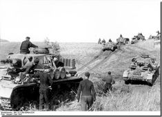 ILLUSTRATED HISTORY: RELIVE THE TIMES: Images Of War, History , WW2: German Soldiers In Russia