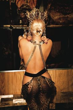 Beyonce Back View In Beautiful Photo #Beyonce #celeb #sexy back