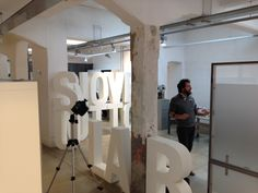 Shooting at the office! soon we will have a lot of pictures of our works, office and team! #Ottosunove  #OSNbackstage