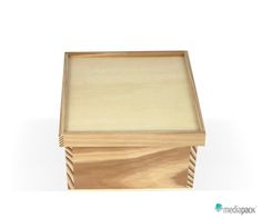 Wooden Chest, Packaging