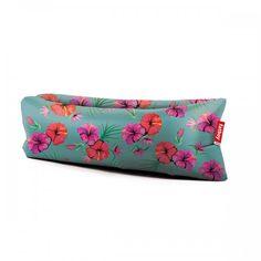 Hey die neuen Farben sind da! Wir lieben sie <3 Fatboy Outdoor-Sofa Original Lamzac 2.0 Hawaii Blue