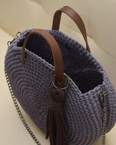 Discover thousands of images about PRE-Order Bridesmaids Totes / Bridesmaids Gift / Straw Bag / Basket bag / Woven Bag / Hand bags / St Crochet Backpack, Crochet Tote, Crochet Handbags, Crochet Purses, Crochet Round, Love Crochet, Diy Crochet, Crochet Shoulder Bags, Yarn Bag