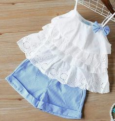Frocks For Girls, Little Girl Outfits, Little Girl Dresses, Toddler Outfits, Kids Outfits, Baby Frocks Designs, Kids Frocks Design, Baby Girl Dress Patterns, Baby Kids Clothes